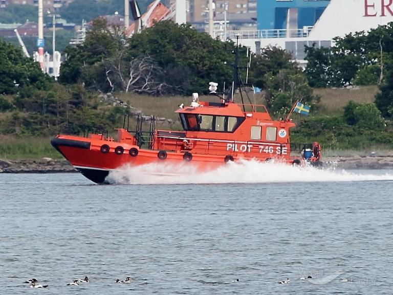 PILOT 746 SE photo