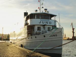 Photo of JUNO ship