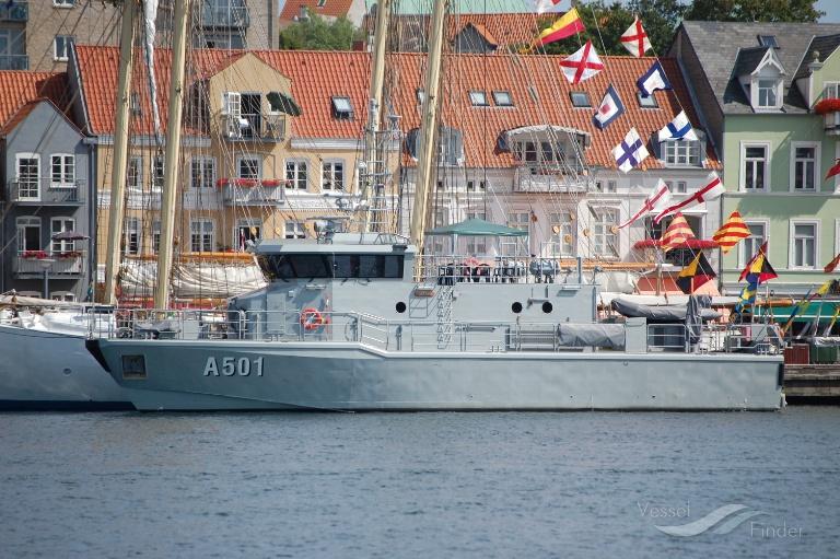 A 501 HMS ALTAIR photo