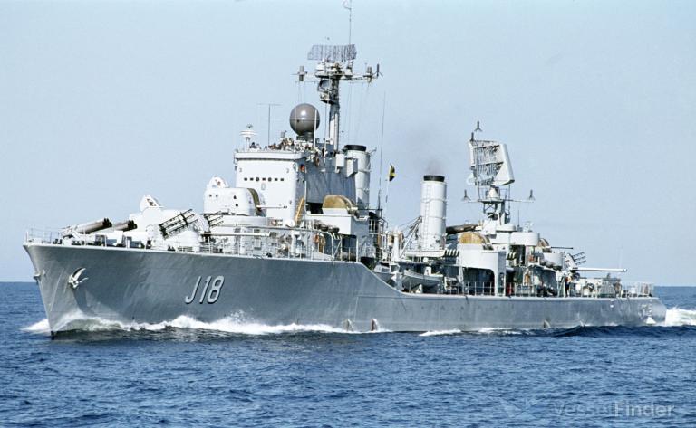 HMS DACKE photo