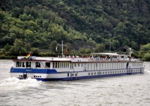 Photo of RIVER ART ship