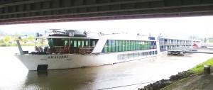 Photo of AMAVERDE ship