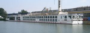 Photo of VIKING BRAGI ship