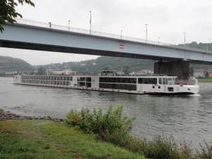 Photo of VIKING SKIRNIR ship