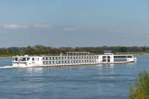 Photo of VIKING VE ship