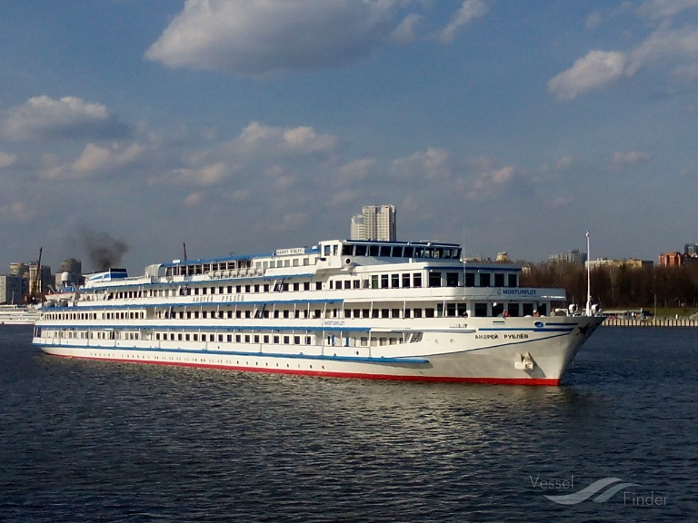 bateau m/s rublev