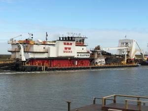 Photo of E W ELLEFSEN ship
