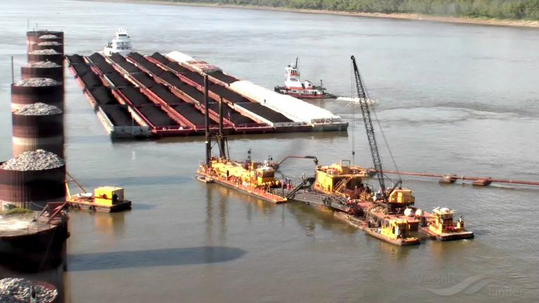 DREDGE HENRY A photo