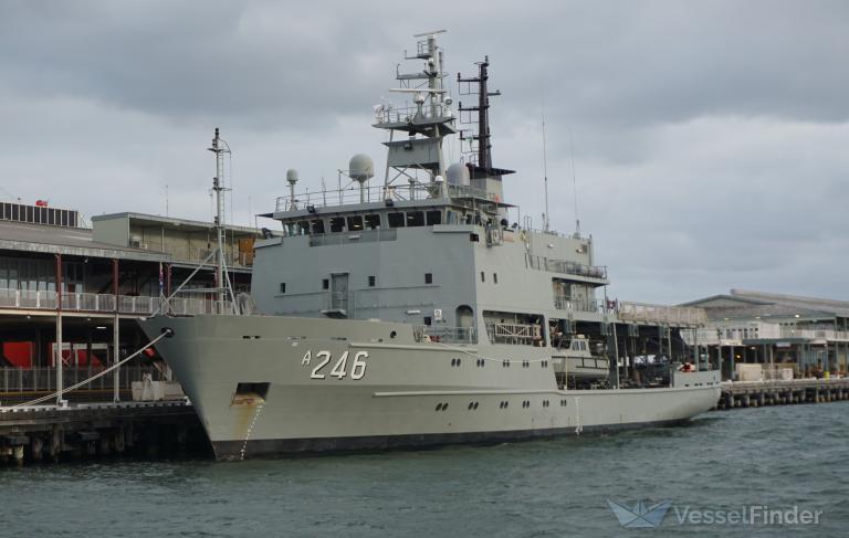 HMAS MELVILLE photo