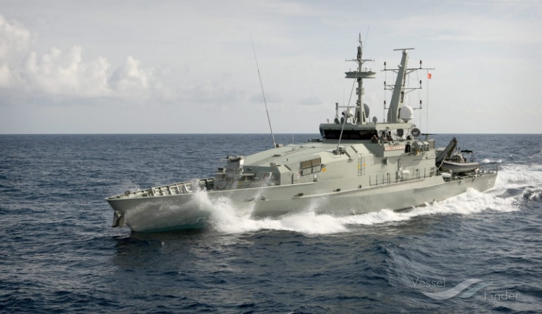 HMAS WOLLONGONG photo