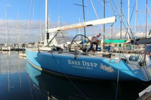 Photo of KNEE DEEP ship