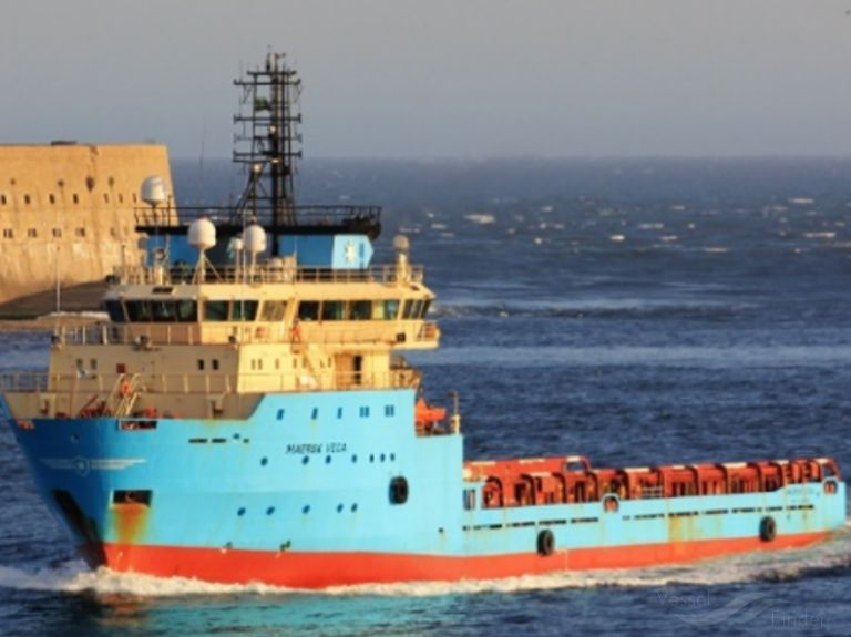 MAERSK VEGA photo