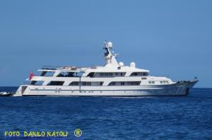 Photo of ILLUSION ship