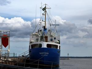 Photo of WARTENA ship