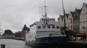 Photo of SHOWTIME ship