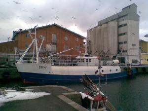 Photo of F/V SWI-7 ship