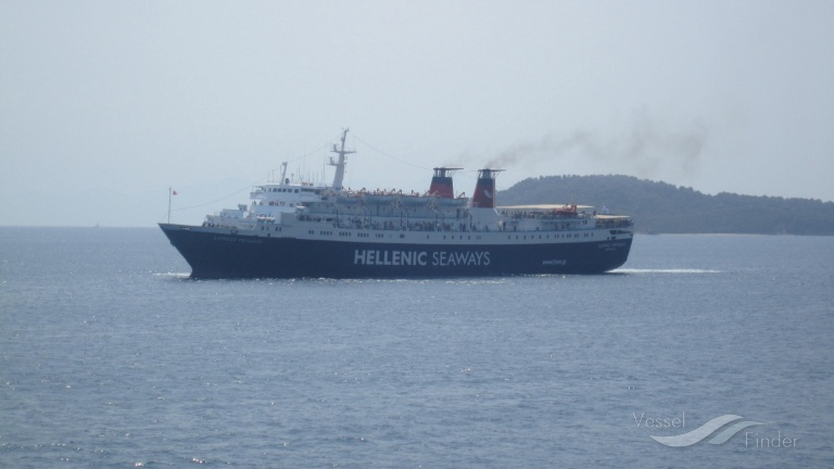EXPRESS PEGASUS (MMSI: 237095000) ; Place: Skiathos island