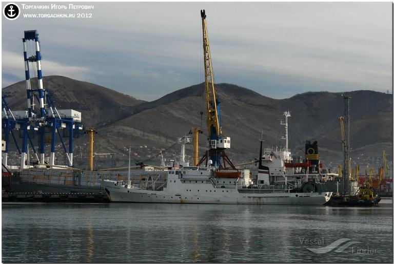 PROFESSOR SHTOKMAN (MMSI: 273416400) ; Place: Port Novorossiysk, Russia.