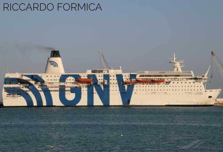 GNV AZZURRA photo