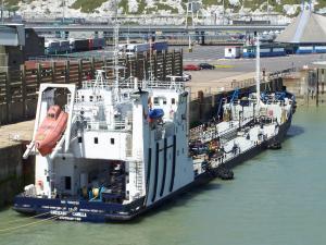 Photo of CRESCENT CAMILLA ship