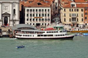 Photo of S.ANDREA ship