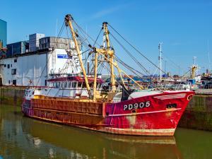 Photo of HONEYBOURNE III ship
