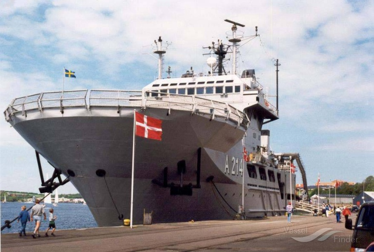 SWEDISH WARSHIP A214 photo