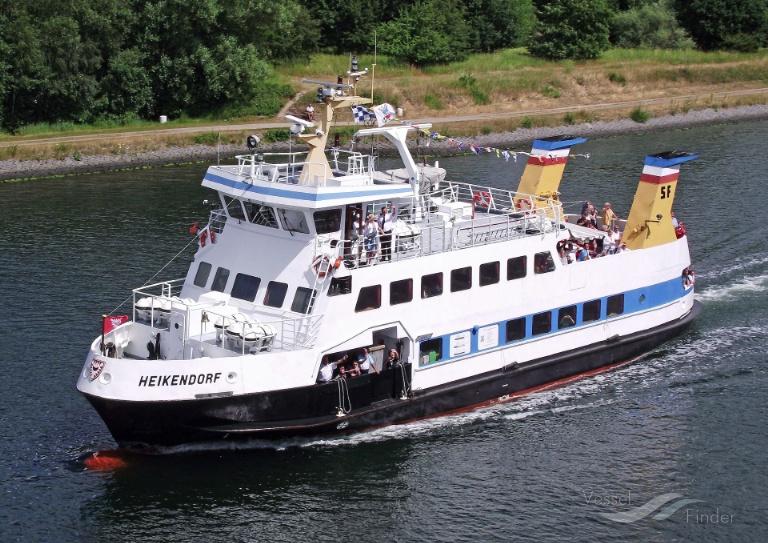 HEIKENDORF (MMSI: 211223120) ; Place: Kiel_Canal/ Germany