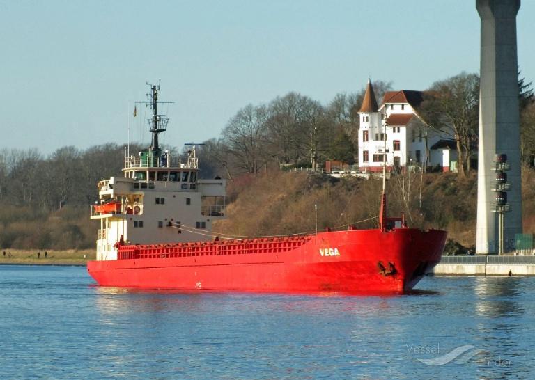 VEGA 1 (MMSI: 373580000) ; Place: Kiel_Nordhafen/NOK