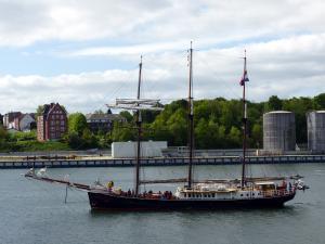 Photo of HENDRIKA BARTELDS ship