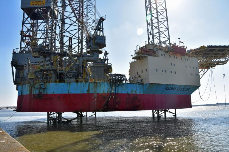MAERSK RESOLUTE photo