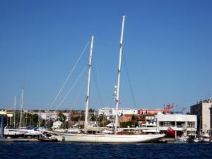 Photo of S/Y LETHANTIA ship