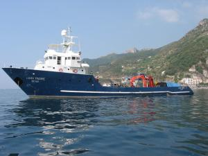 Photo of LUIGI PADRE ship