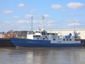 Photo of CONFIDANTE .. B ship