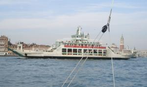 Photo of LIDO DI VENEZIA ship
