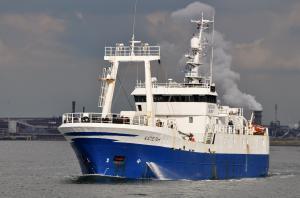 Photo of L/L KAPELAN ship