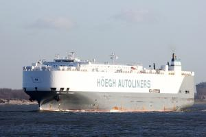 HOEGH TRIDENT (IMO 9075709) Photo