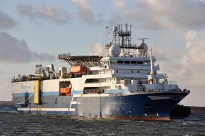 Photo of OCEANIC CHAMPION ship