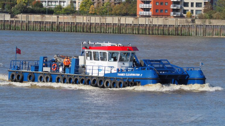THAMES CLEARWATER I photo