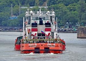 Photo of PAL-6/PALOIL-3 ship