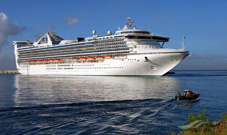 GRAND PRINCESS (MMSI: 310327000) ; Place: Barbados, West Indies.
