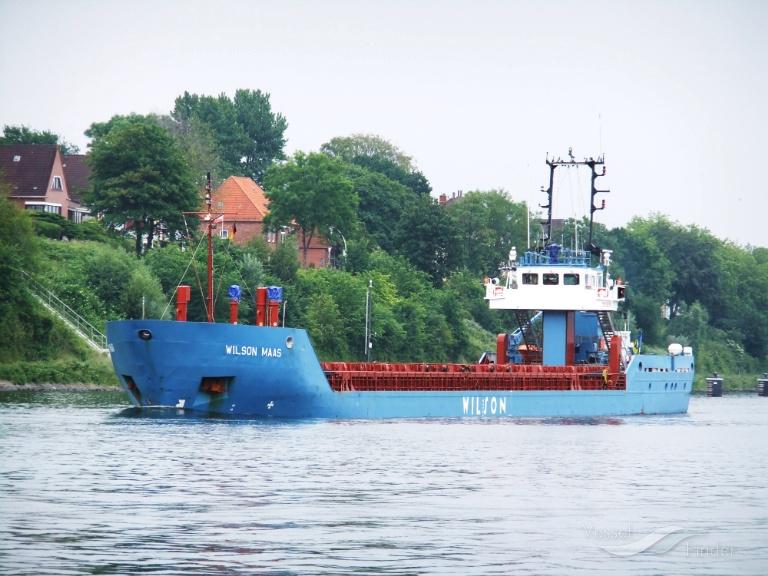 WILSON MAAS (MMSI: 314217000) ; Place: Kiel - Holtenau, Germany