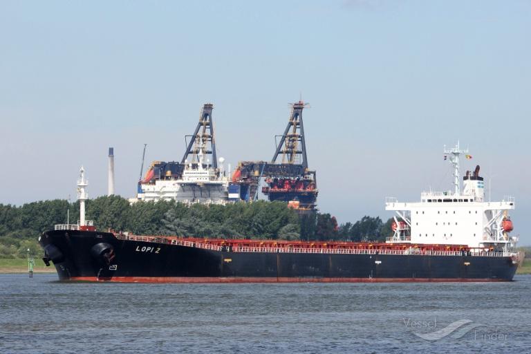 LOPI Z (MMSI: 538002728) ; Place: Rotterdam