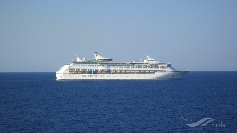 VOYAGER OF THE SEAS (MMSI: 311317000) ; Place: Adriatic sea
