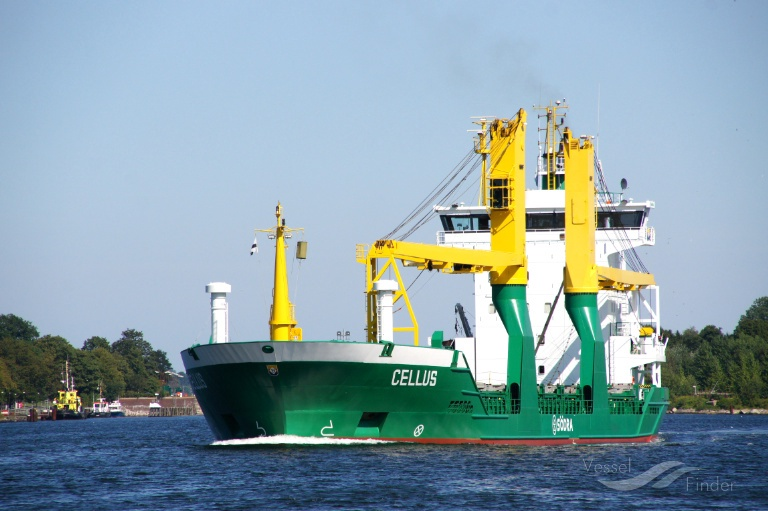CELLUS (MMSI: 211284350) ; Place: Kiel - Holtenau, Germany
