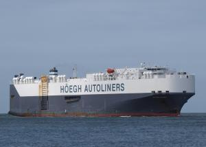 Photo of HOEGH TROVE ship