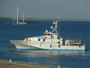 Photo of HOLDFAST BAY ship