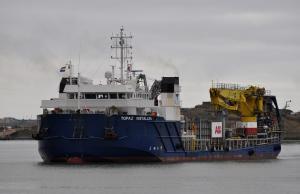 Photo of TOPAZ INSTALLER ship