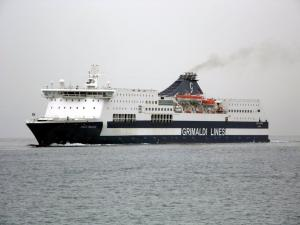 Photo of ZEUS PALACE ship