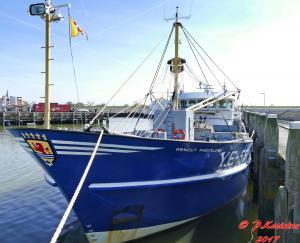 Photo of YE55 ARNOUTMAGDALENA ship